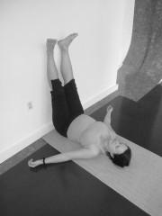 wrist sensitivity in pregnancy  five points yoga